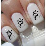 12 фотографий дизайна ногтей с наклейками